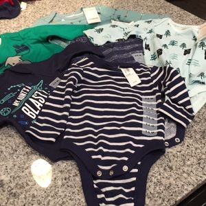 (6ITEMS) BABY BOY BLUE BUNDLE 3-6 months